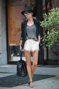 sirma-markova-blush-lace-grey-knit~look-main-single